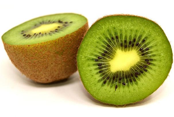 कीवी फल रोजाना खाने के फायदे