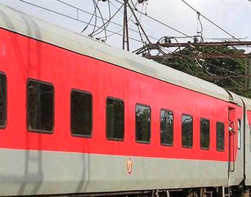 एलएचवी रैक आने के बाद ही ग्वालियर तक आएगी अहमदाबाद-आगरा फोर्ट सुपरफ़ास्ट