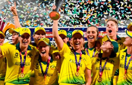 इंग्लैंड को हरा वर्ल्ड चैंपियन बनी ऑस्ट्रेलिया महिलाएं
