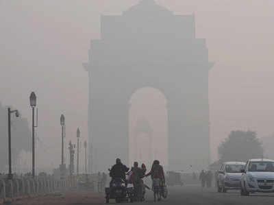 दिल्ली-एनसीआर में शनिवार सीजन का सबसे ठंडा दिन, 2.6 डिग्री तक गिरा पारा